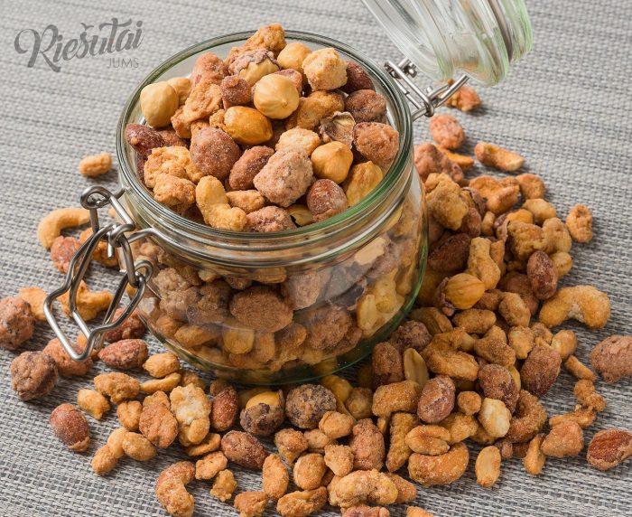 """Karamelizuotas riešutų mišinys """"Honey Premium"""" 1kg"""